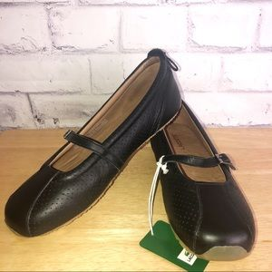 Lacoste Black Leather slip-on shoes. NEW